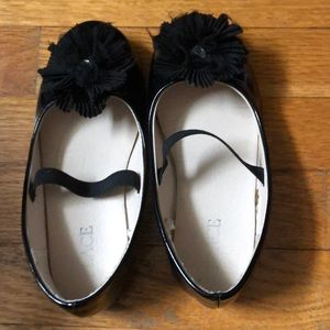 Children's place fancy black patent shoes sz 10